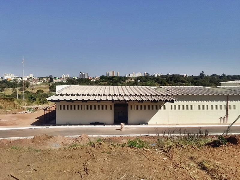 Implantados, em 2016, dois novos blocos (A e B) na Penitenciária Feminina do Distrito Federal - PFDF, localizada na Granja Luís Fernando, Área Especial nº 02, Setor Leste do Gama, ampliando a capacidade em 400 novas vagas.