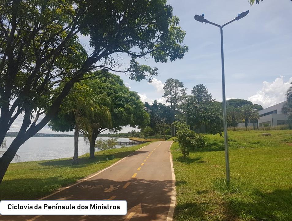 """Desenvolvidos projetos que culminaram em obras, realizadas nesta Gestão, na Orla do Lago Paranoá, sendo:  <ul>     <li>Projeto de paisagismo da Orla Livre (Fase 1, Etapa 2A), SHIS QL 08 a 10, Lago Sul - Portaria nº 51, de 04/04/2017 (<a href=""""http://www.sinj.df.gov.br/sinj/DetalhesDeNorma.aspx?id_norma=0600dd4159434729913dfe66afc09ce7"""">link aqui</a>) - em fase de execução</li>     <li>Projeto de paisagismo da Orla Livre - Península dos Ministros, Lago Sul, Portaria nº 111, de 07/11/2016, totalizando 26.653 m² de intervenção. Obra já concluída </li>     <li>Projeto de paisagismo do PAN 6 - Lago Norte - Projeto Orla Livre</li>     <li>Plano de recuperação de Áreas Degradadas - PRAD da Área de Relevante Interesse Ecológico - ARIE do Bosque (QL 10), Lago Sul</li>"""