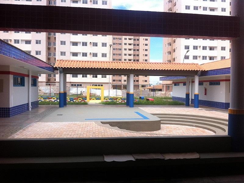 Implantado, em abril/2015, o Centro de Educação da Primeira Infância - Cepi Jasmim, localizado na QNO 12, Área Especial G - Ceilândia. O centro é composto por 8 salas de aula, bloco de administração, bloco de serviços, 3 blocos pedagógicos, pátio coberto, anfiteatro e parquinho, com capacidade de atendimento a 150 crianças de 0 a 5 anos em período integral.