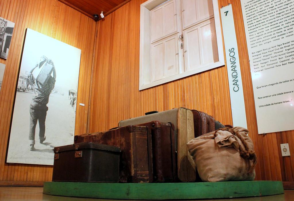 Realizadas, em 2017, a  manutenção e a revitalização dos seguintes equipamentos culturais:  <ul>     <li>Pira do Panteão da Pátria</li> </ul><ul>     <li>Museu Nacional da República</li> </ul><ul>     <li>Biblioteca Nacional de Brasília</li> </ul><ul>     <li>Biblioteca Pública de Brasília, na 312 Sul</li> </ul><ul>     <li>Museu Vivo da Memória Candanga</li> </ul><ul>     <li>Memorial dos Povos Indígenas</li> </ul><ul>     <li>Manutenção do sistema de projeção cinematográfica do Cine Brasília</li> </ul>