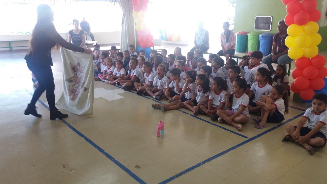 Projeto Pró-vítima nas Escolas: realizadas cinco palestras de conscientização e orientação para pais e equipe educacional, com o objetivo de elevar a autoestima das crianças. <p>As palestras foram realizadas em escolas de Taguatinga e Ceilândia (2016 e 2017) e em Planaltina (2018): <ul>     <li>Em 2016: realizadas duas palestras, totalizando 535 participantes</li> </ul><ul>     <li>Em 2017: realizadas duas palestras, totalizando 861 participantes</li> </ul><ul>     <li>Em 2018: realizada palestra sobre a temática Prevenção ao Suicídio, totalizando cerca de 1.000 participantes (incluindo alunos)</li></ul>