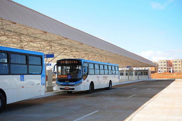 Inaugurado, em junho/2015, o terminal de ônibus urbano, localizado na Quadra QS 18, no Riacho Fundo II. A iniciativa contemplou a construção das plataformas de embarque, estacionamento, paraciclos, lanchonete e banheiros com acessibilidade.