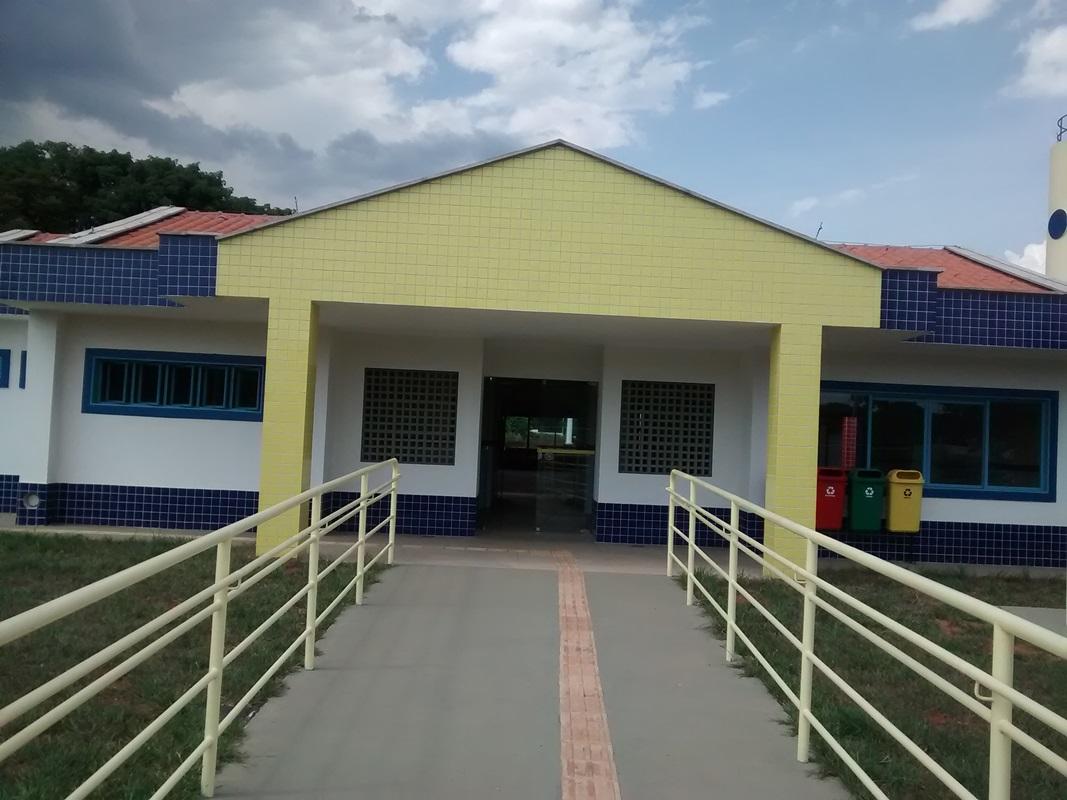 Implantado, em fevereiro/2016, o Centro de Educação da Primeira Infância - Cepi Gavião, localizado na SHIN QI 16, Lotes A e B - Lago Norte. O centro, que funciona como Jardim de Infância, é composto por 8 salas de aula, bloco de administração, bloco de serviços, 3 blocos pedagógicos, pátio coberto, anfiteatro e parquinho, com capacidade de atendimento a 416 crianças de 4 e 5 anos em dois turnos.