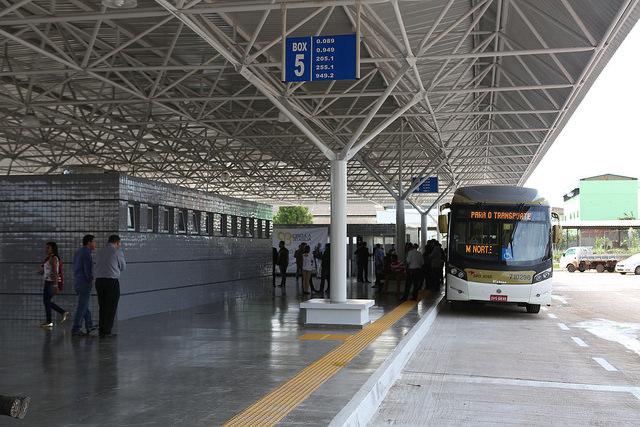 Reformado, em dezembro/2016, o terminal de ônibus urbano, localizado na QNM 42, na M Norte - Taguatinga. A iniciativa contemplou a construção das plataformas de embarque, estacionamento, paraciclos, lanchonete e banheiros com acessibilidade.