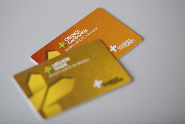 Lançados, em junho/2018, o cartão + Melhor Idade e o + Criança Candanga, que garantiu mais conforto e comodidade aos idosos e crianças. Crianças de 2 a 5 anos de idade podem ter um cartão para passar a catraca; e os idosos também poderão passar e utilizar qualquer assento do transporte público. Até novembro/2018, já foram emitidos cerca de 9 mil cartões do Melhor Idade e 370 cartões do Criança Candanga.
