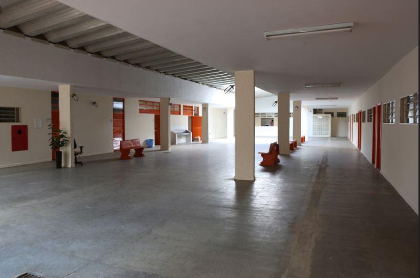 Disponibilizada, em 2016, nova sede do Centro Interescolar de Línguas 02 de Brasília, localizada no SHCGN 711, Área Especial - Brasília.
