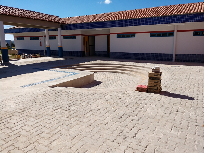 Implantado o Centro de Educação Infantil 03 de Brazlândia (denominado inicialmente como Centro de Educação da Primeira Infância - Cepi Azaleia), localizado no Núcleo Rural Incra 06, DCAG DF 180 Km 06 - Brazlândia. O centro é composto por 8 salas de aula, bloco de administração, bloco de serviços, 3 blocos pedagógicos, pátio coberto, anfiteatro e parquinho, com capacidade de atendimento de até 150 crianças de 0 a 5 anos em período integral.