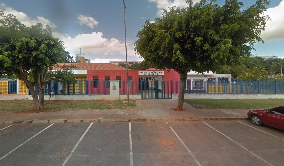 Implantado, em fevereiro/2016, o Jardim de Infância 02, localizado na Quadra 805 - Cruzeiro Novo, com capacidade de atendimento a 168 crianças de 4 e 5 anos.