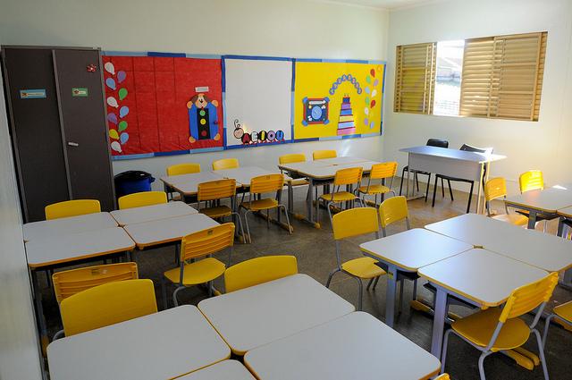 Implantado, em fevereiro/2017, o Centro de Educação Infantil 07, localizado na QSD 32 - Taguatinga, com capacidade de atendimento a até 220 crianças de 4 e 5 anos e 80 da educação precoce, em dois turnos.