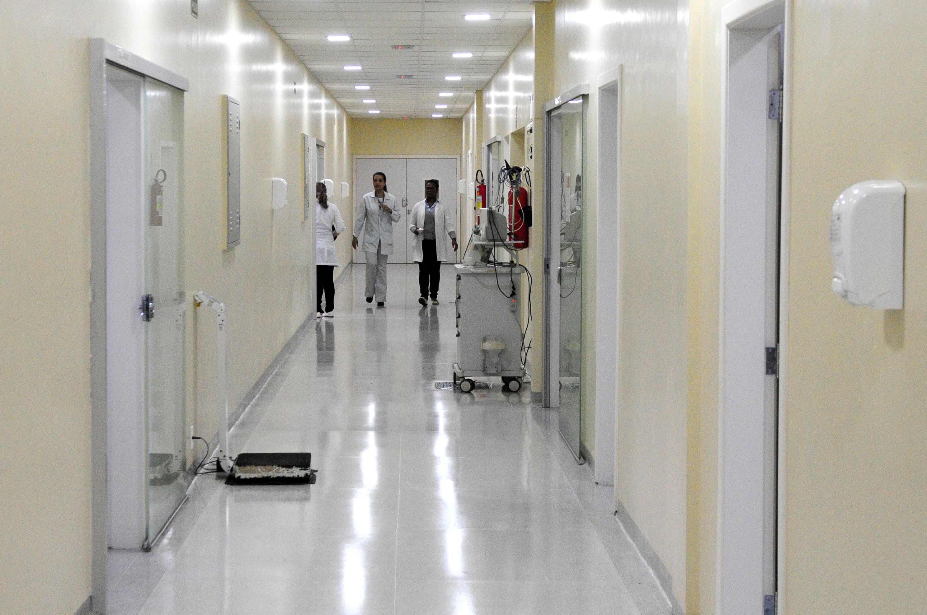 Reformada a Unidade de Hemodiálise e Pediatria do Hospital Regional de Sobradinho e reinaugurada em 17/04/2018, com realização de adequação física e estrutural.