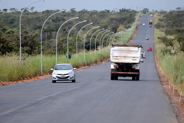 Inaugurada, em novembro/2017, a restauração da rodovia DF-001 (EPCT) - Lago Oeste, Lotes 1 e 2.