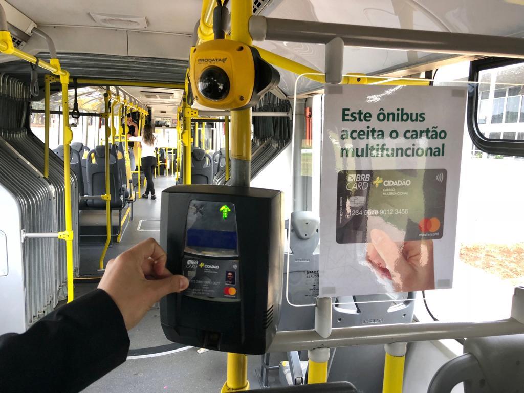 Lançado em setembro/2018, pelo BRBCARD e pela Mastercard, o cartão +Cidadão, um cartão de débito pré pago que pode ser utilizado para compras, saques e também  no pagamento de passagens no transporte público da cidade. O cartão já pode ser utilizado em ônibus da empresa Urbi, uma das operadoras do Sistema de Transporte Público Coletivo do Distrito Federal, e deve ser aceito em breve nas outras empresas que operam no sistema.